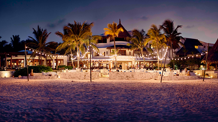 belmond maroma resort spa el restaurante night
