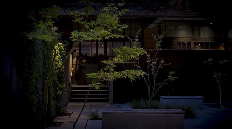 benu courtyard