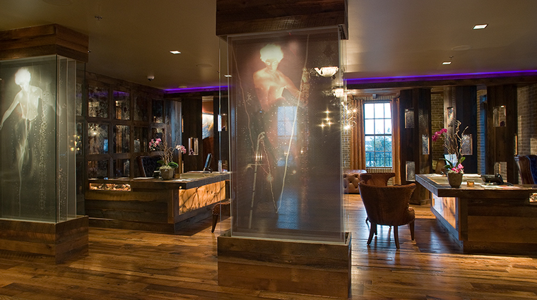 Bohemian Hotel Savannah lobby