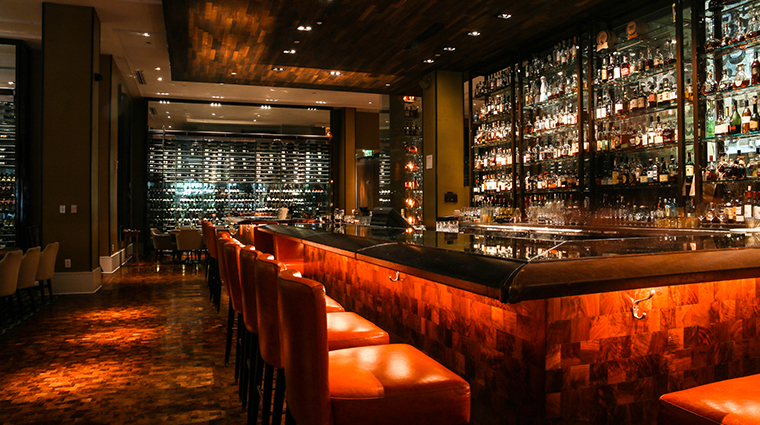 bourbon steak miami by michael mina bar