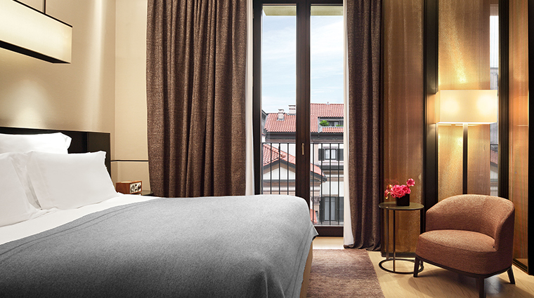 Bulgari Hotel Milan bedroom