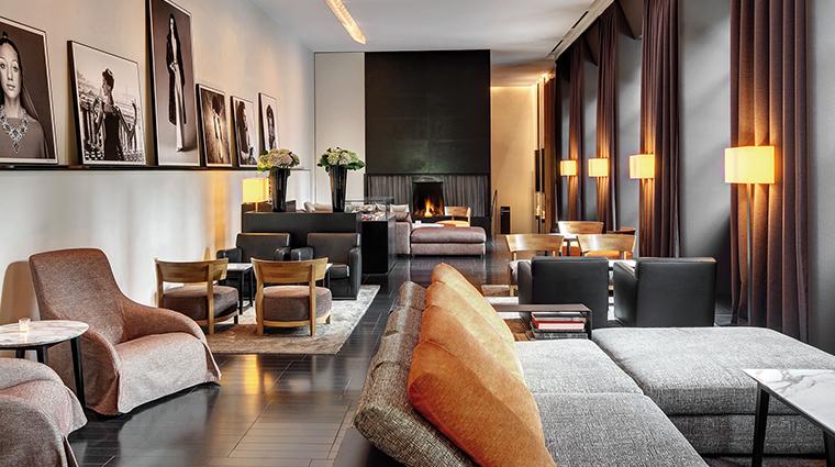 Bulgari Hotel Milan lobby