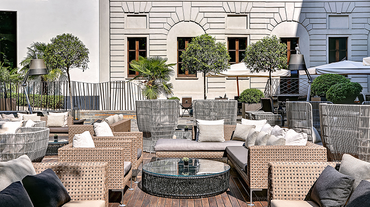 Bulgari Hotel Milan patio side