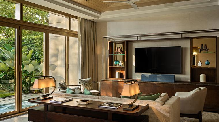 capella bangkok villa living room