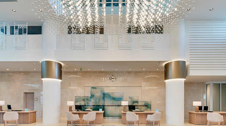 carillon miami wellness resort lobby
