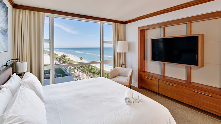carillon miami wellness resort oceanview king