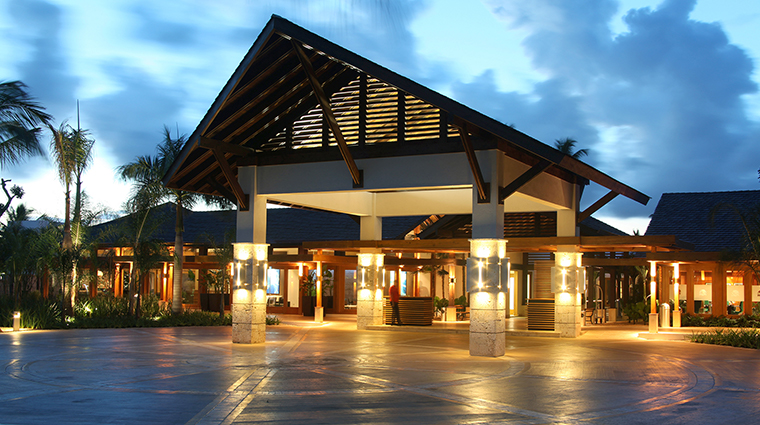 casa de campo resort villas entrance