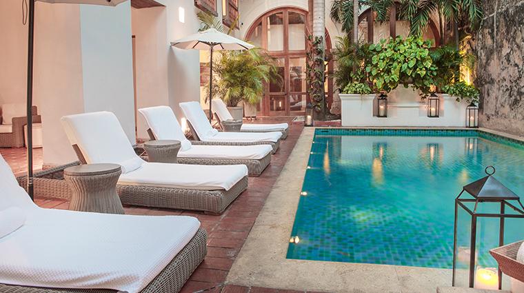 casa san agustin pool loungers