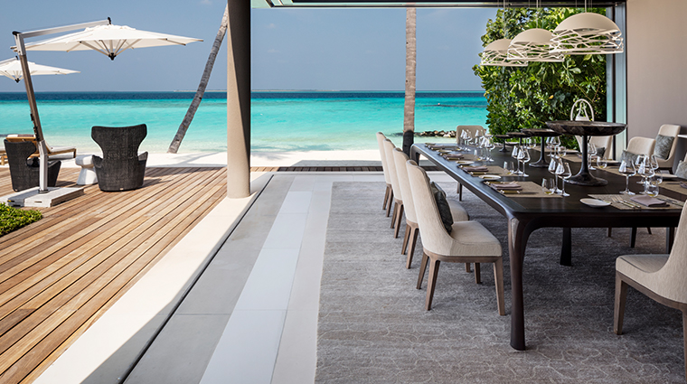 cheval blanc randheli private island dining room