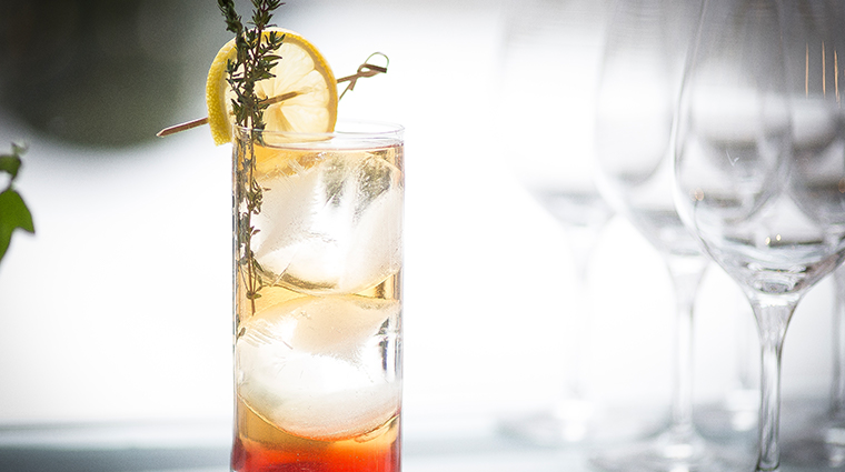 chez muffy romeo gin