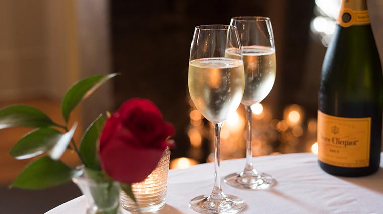 circa 1886 champagne