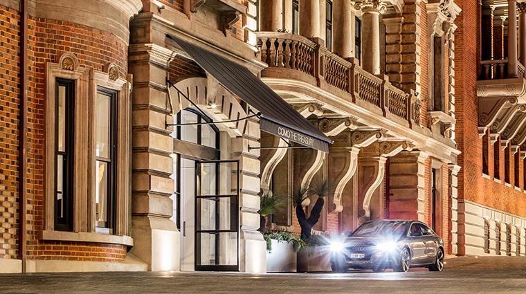 como the treasury valet parking