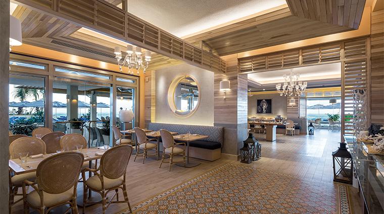 condado vanderbilt hotel ola restaurant dining area