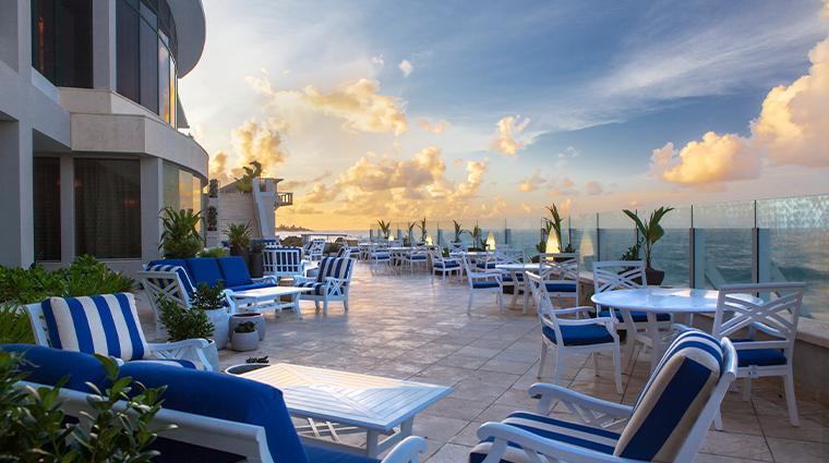 condado vanderbilt hotel vc lounge terrace