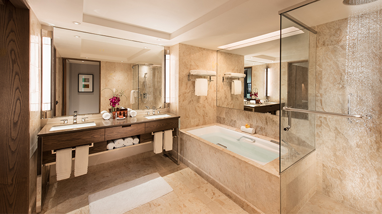 conrad centennial singapore centennial suite bathroom
