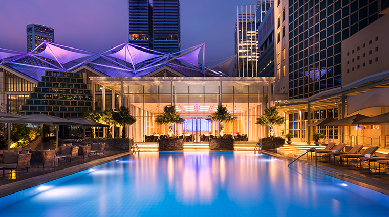 conrad centennial singapore pool