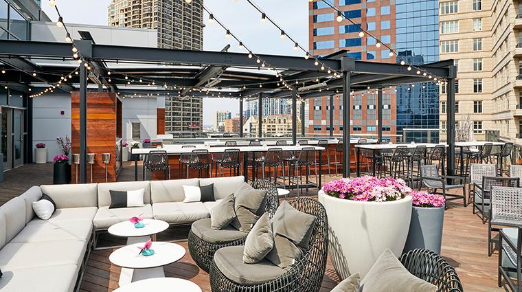 conrad chicago Noyane rooftop