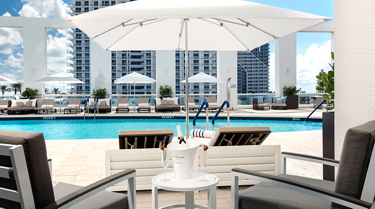 conrad fort lauderdale beach pool loungers