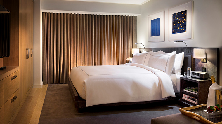 conrad new york suite bedroom