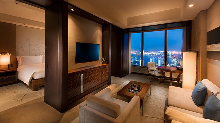 conrad tokyo king bay suite night