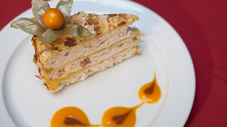 corinthia st petersburg imperial restaurant dessert2