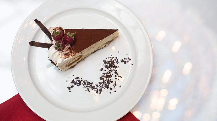 corinthia st petersburg imperial restaurant dessert3
