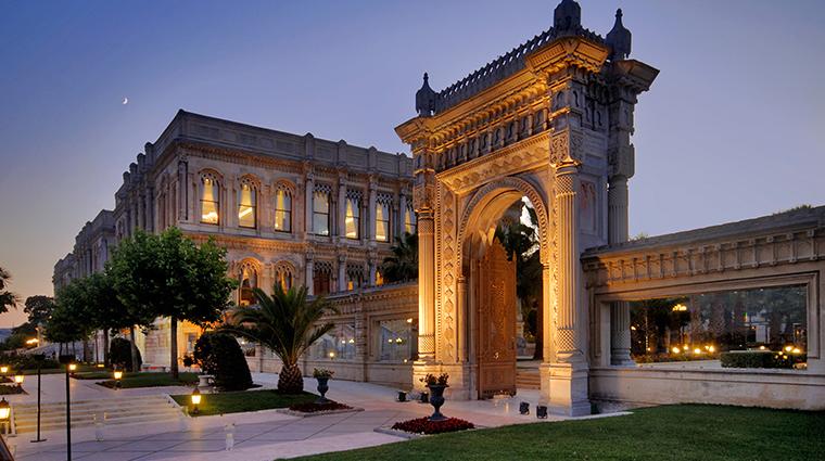 cragan palace kempinski istanbul palace gate
