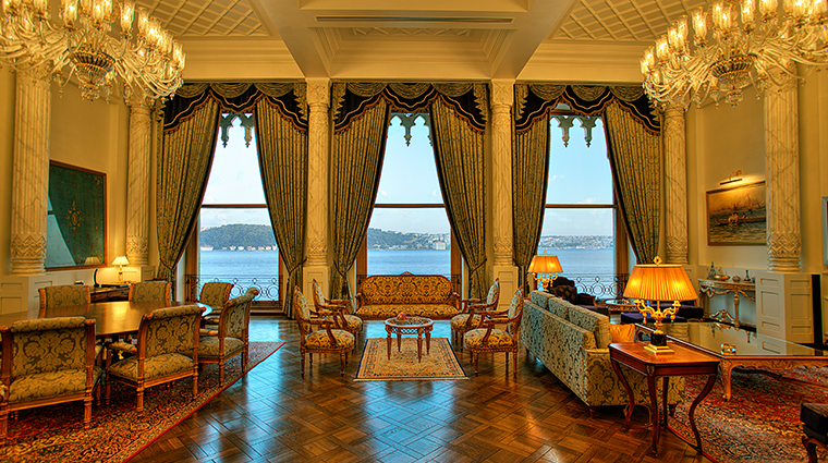 cragan palace kempinski istanbul sultan suite living room