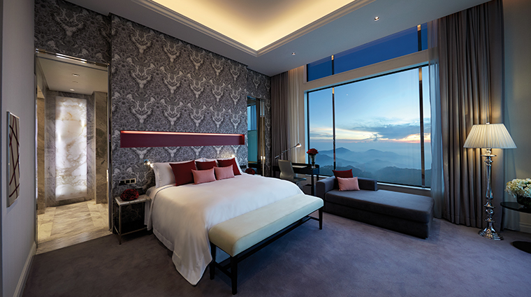 crockfords at resorts world genting new junior suite