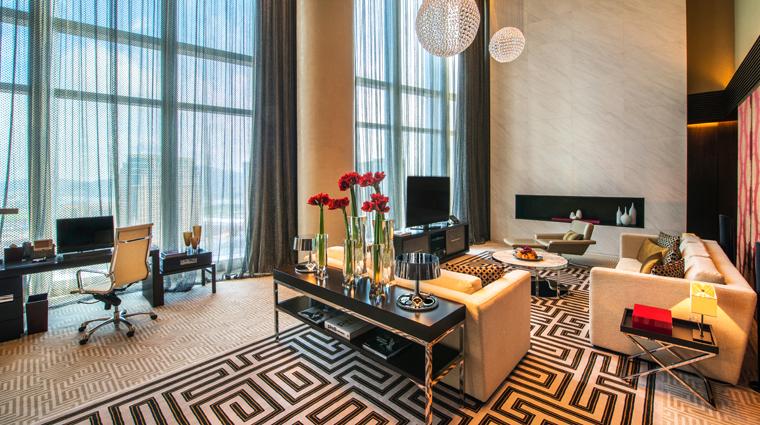 PropertyImage CrownTowers Hotel GuestroomSuire VillaLivingRoom 2 CreditCityOfDreams