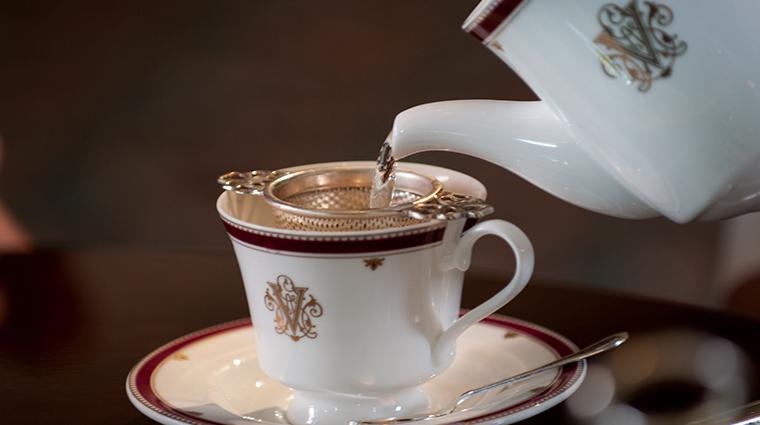 dining room at inn on biltmore estate tea