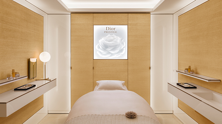 dior institut treatment room