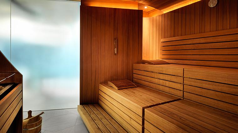 dipiu day spa sauna