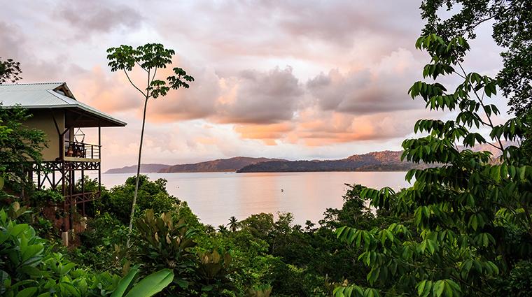 drake bay getaway resort bungallow ocean view