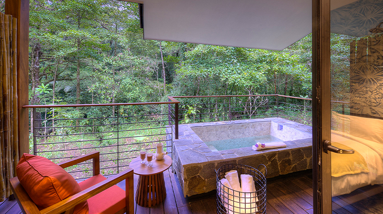 el silencio lodge 2 bedroom riverside villas 5 outdoor jacuzzi