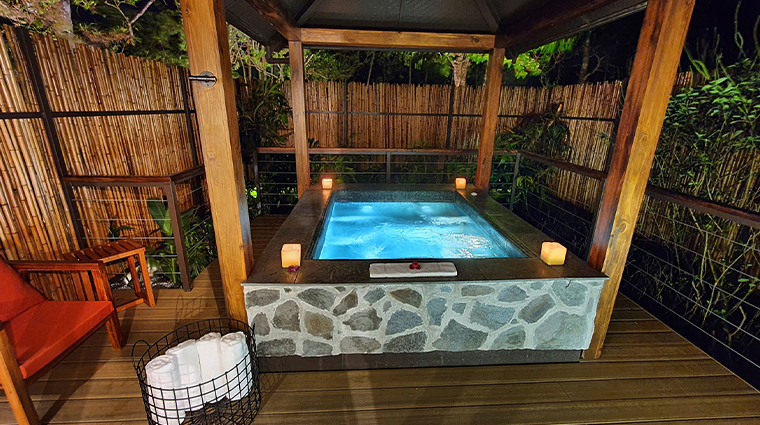 el silencio lodge honeymoon suite 3 outdoor jacuzzi