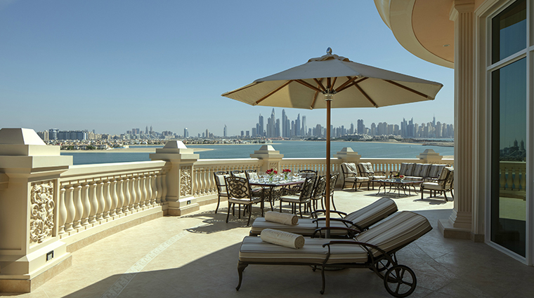 emerald palace kempinski dubai royal suite terrace