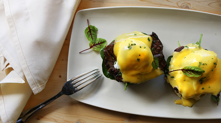 emilios eggs benny