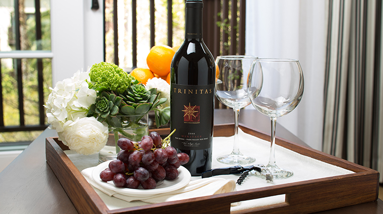 estancia la jolla hotel spa wine and fruit amenity