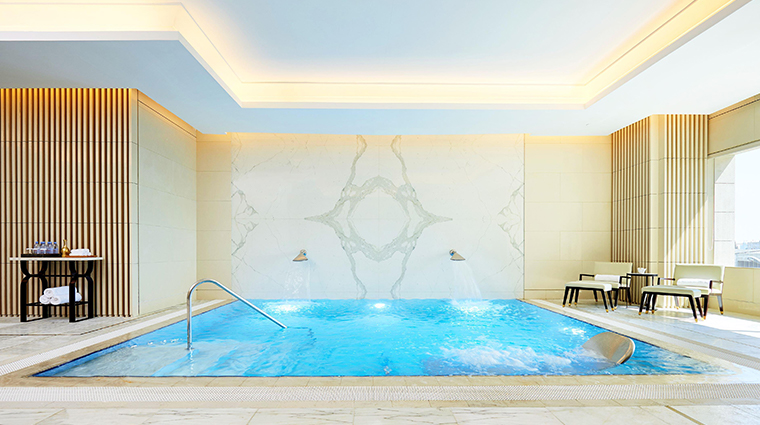 fairmont amman spa pool