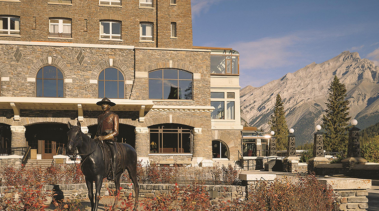 Fairmont Banff Springs statue