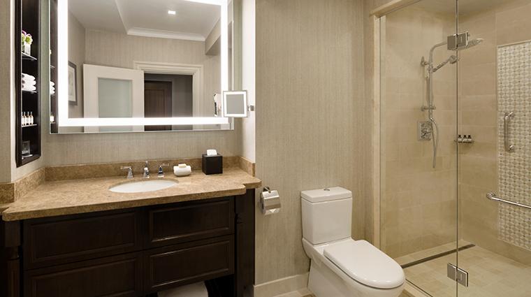 fairmont hotel vancouver bath