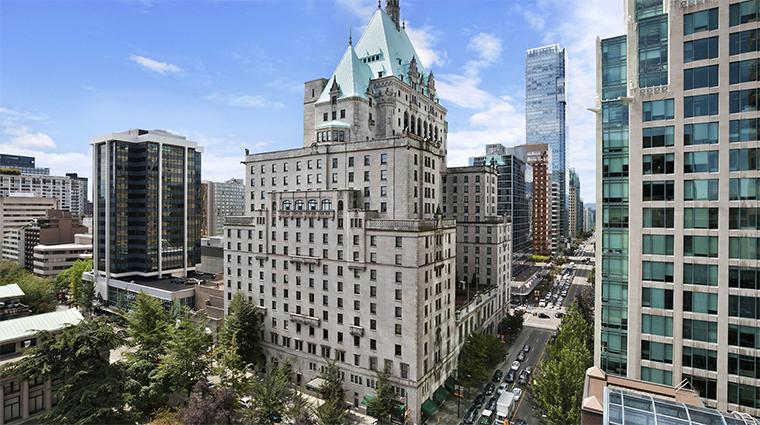 fairmont hotel vancouver exterior