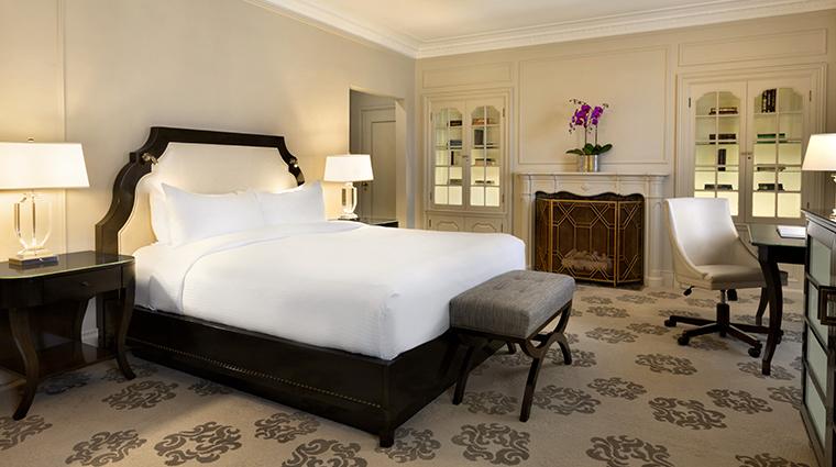 fairmont hotel vancouver junior suite