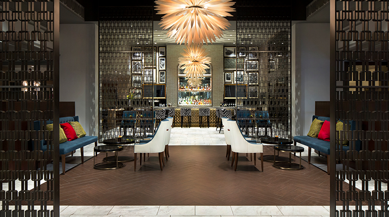 fairmont hotel vancouver lounge bar