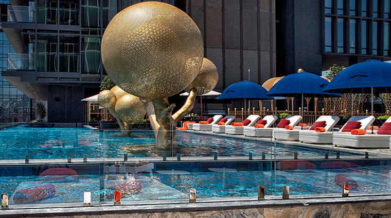 fairmont quasar istanbul Ukiyo outdoor pool