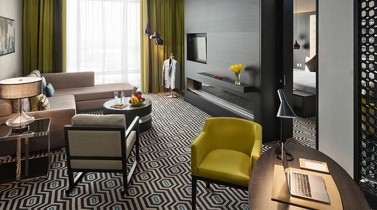 fairmont riyadh business suite