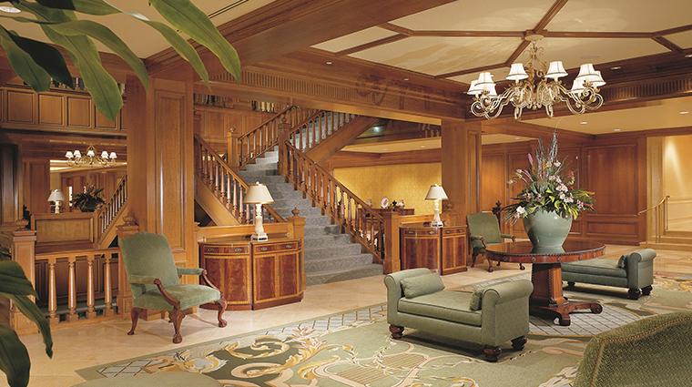 fairmont southampton main lobby