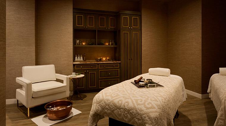 fairmont spa austin treatment room