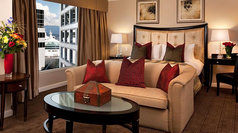 fairmont waterfront vancouver royal suite bedroom